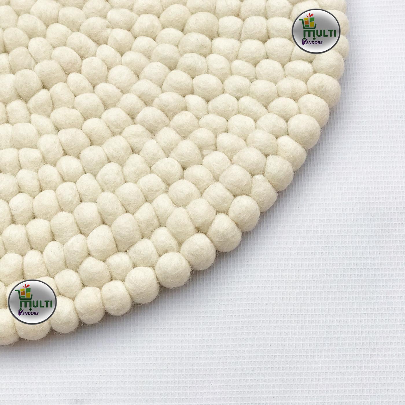 Round  Natural White Felt Ball Rug -PW-21520